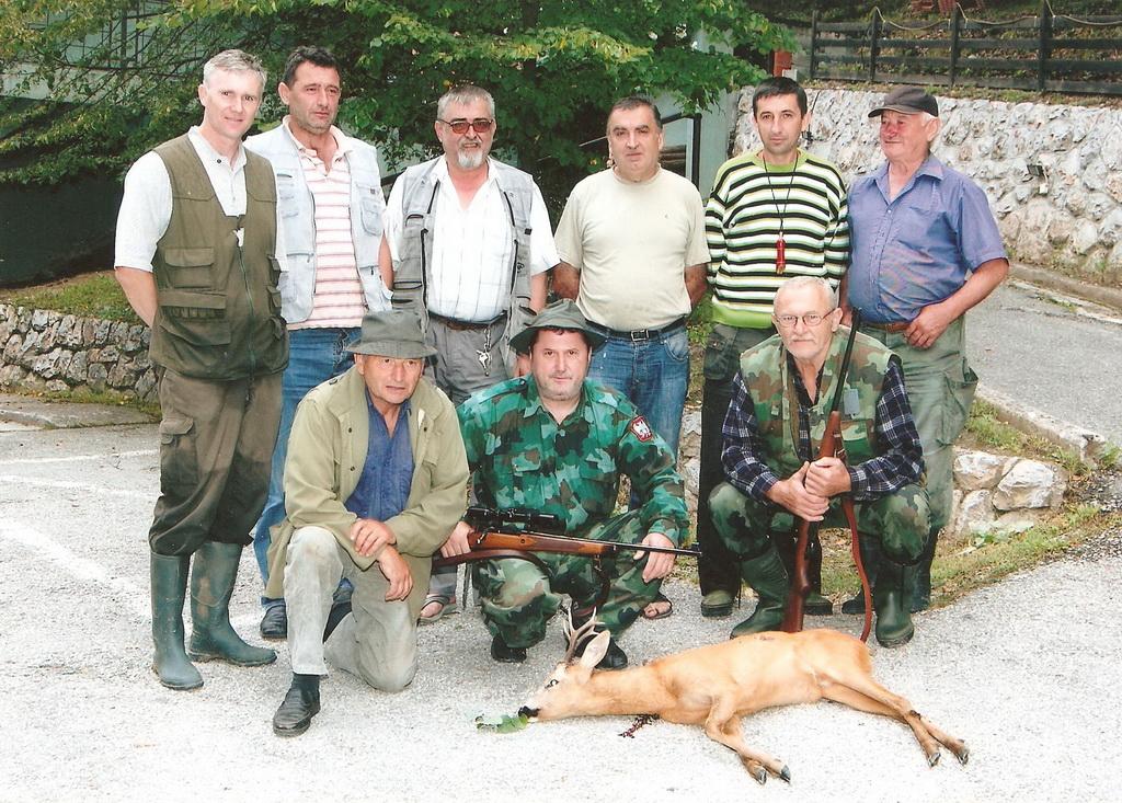 Lovci Lučana